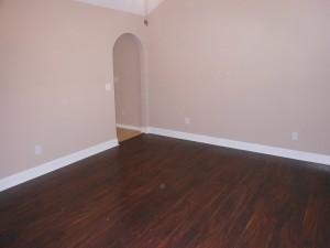 5149-chippendale-drive-livingroom